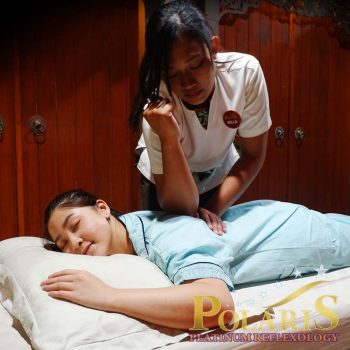 Relaxing with Tuina Massage